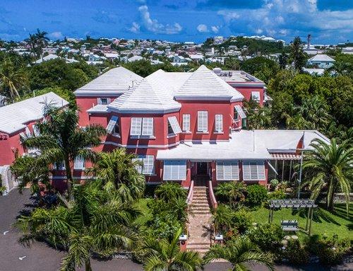Royal Palms Hotel & Restaurant