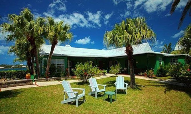 Green Bank Guest House & Cottages