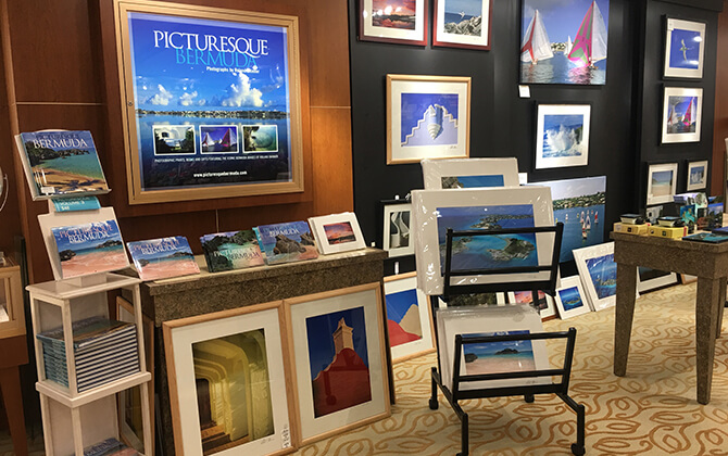 Picturesque Gallery