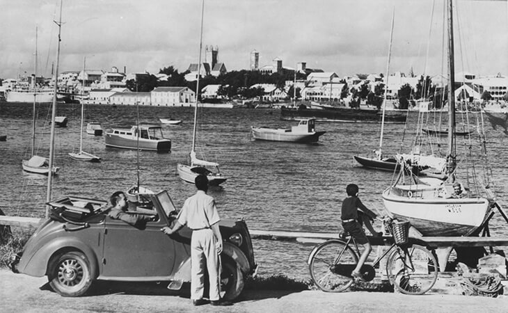 Do You Know About Getting Around in Bermuda:From Horse-and-Carriages to Automobiles and Trucks?