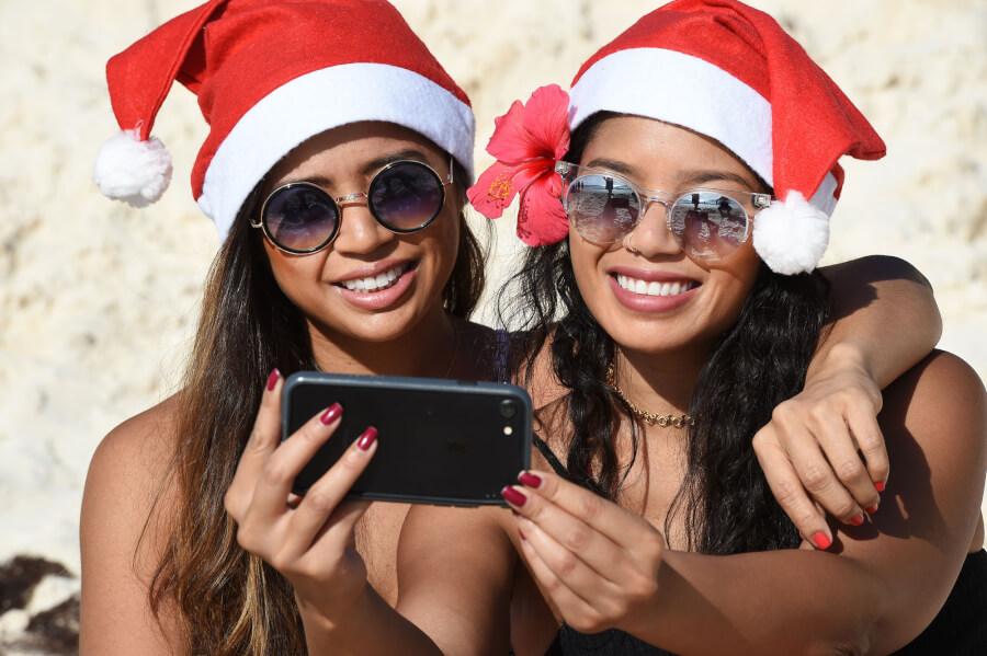 Bermuda Christmas - Akil Simmons